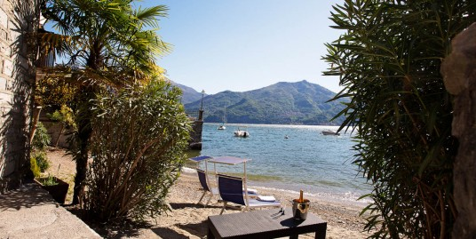 TOSCA APARTMENT – Beautifully Appointed Lakeside Apartment In Centre Of Menaggio