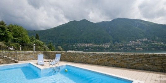 Laglio apartment with garden and pool