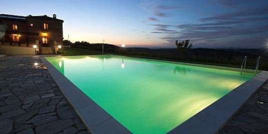 Tuscan private villa and pool