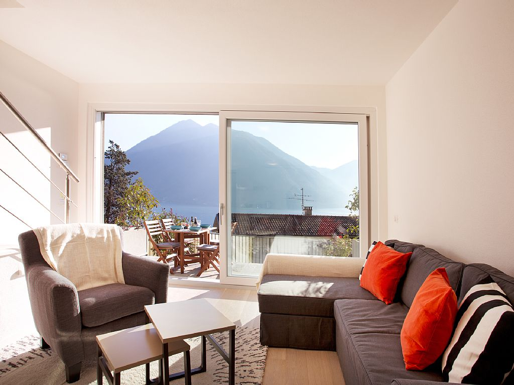 Argegno Pool Apartment - Italian Apartments