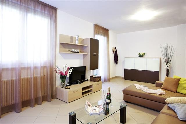 Residence Griante Apartament 3