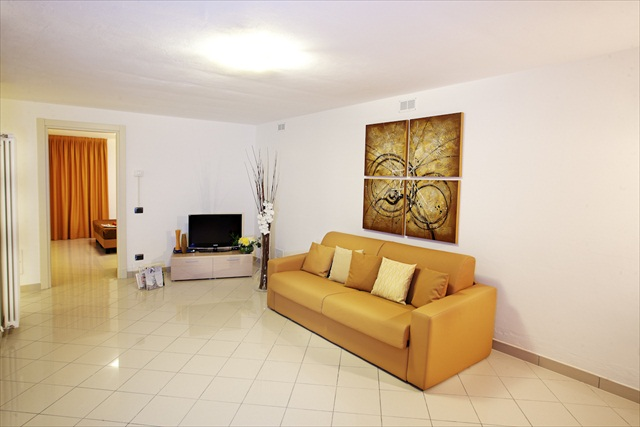 Residence Griante Apartment 4
